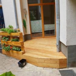 spreeDesign Berlin | Metall- und Holzmanufaktur - Eldenaer Straße | Terrasse aus Holz