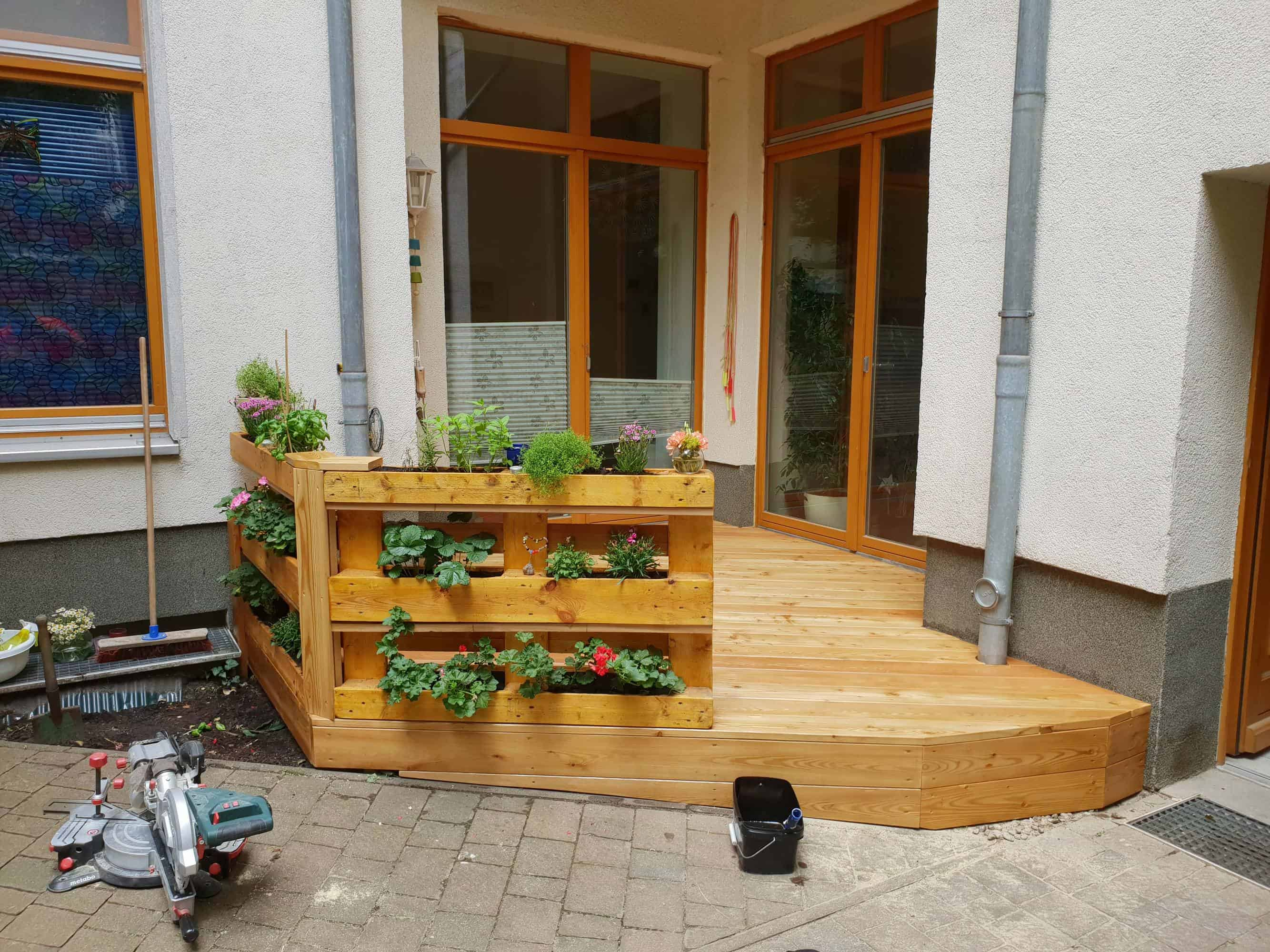 Eldenaer Straße | Terrasse aus Holz